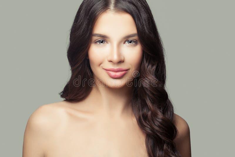 Portret młoda kobieta Śliczny Żeński twarzy zbliżenie fotografia stock