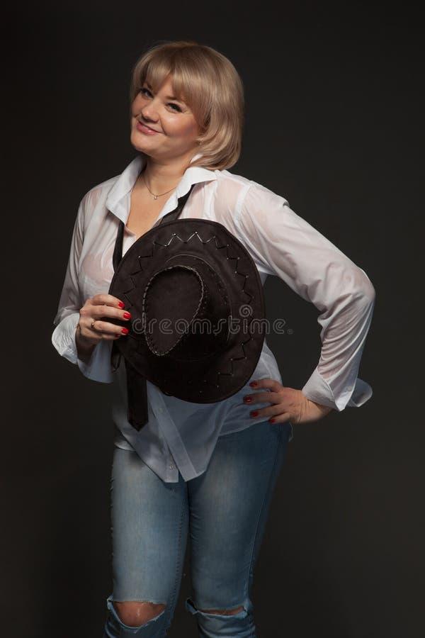Portret młoda kobieta zdjęcia royalty free