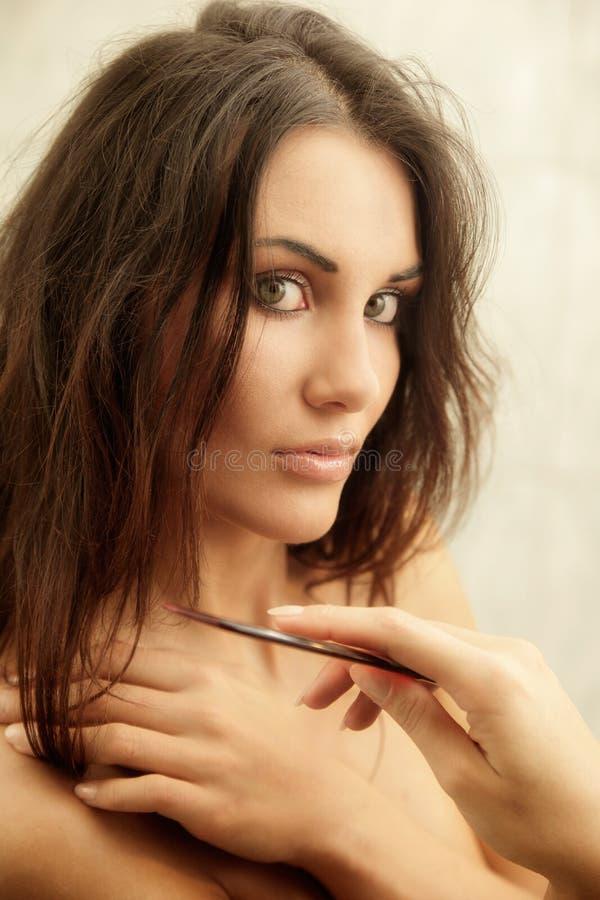 Portret młoda kobieta w łazience fotografia royalty free