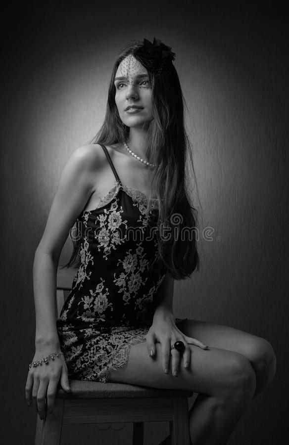 Portret młoda kobieta z długie włosy i pięknym makeup obrazy royalty free