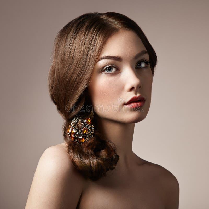 Portret młoda piękna dziewczyna obraz royalty free