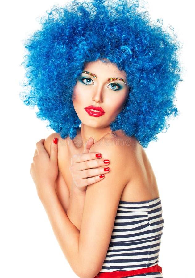 Portret młoda piękna dziewczyna z jaskrawym makeup zdjęcie royalty free