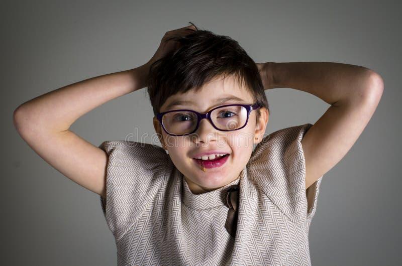 Portret młode dziecko z Rett syndromem obrazy stock