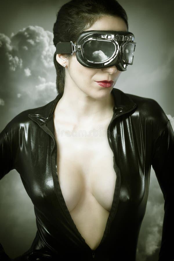 Portret młody seksowny kobieta samolotu pilot zdjęcie stock