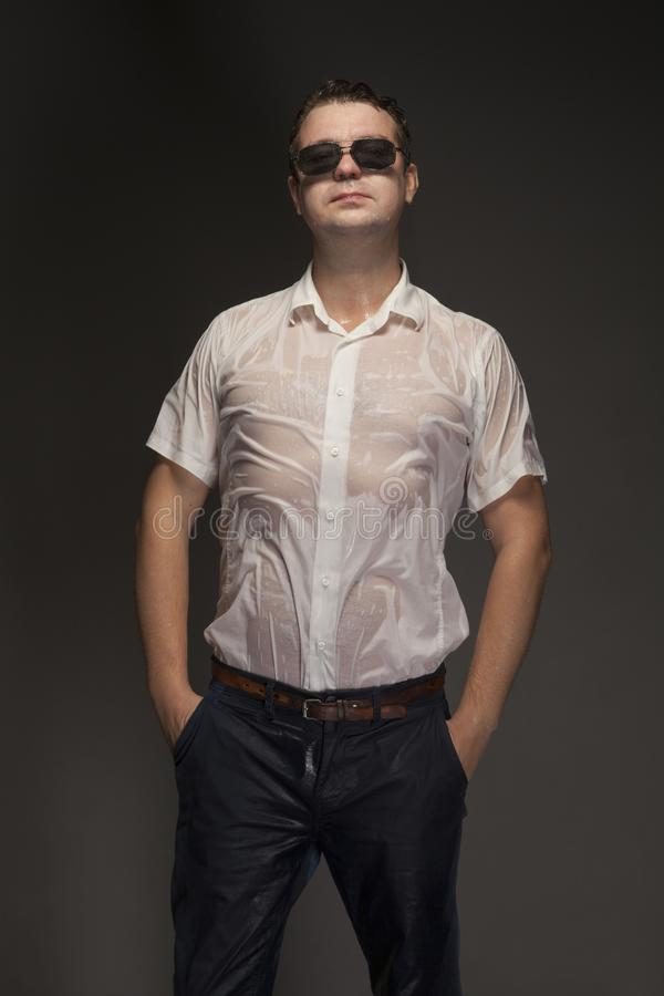 Portret mokry młody człowiek zdjęcie royalty free