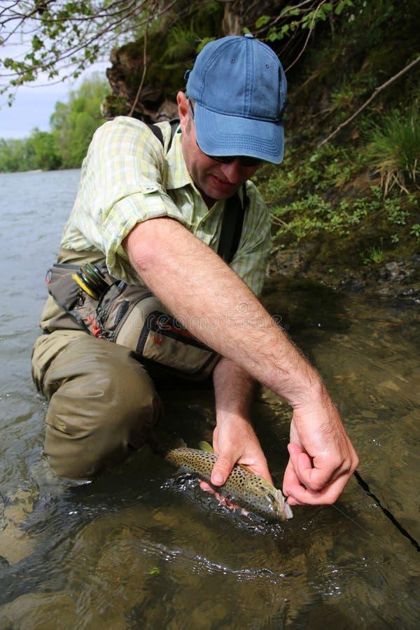 Download Portret namiętny rybak zdjęcie stock. Obraz złożonej z strumień - 53780436