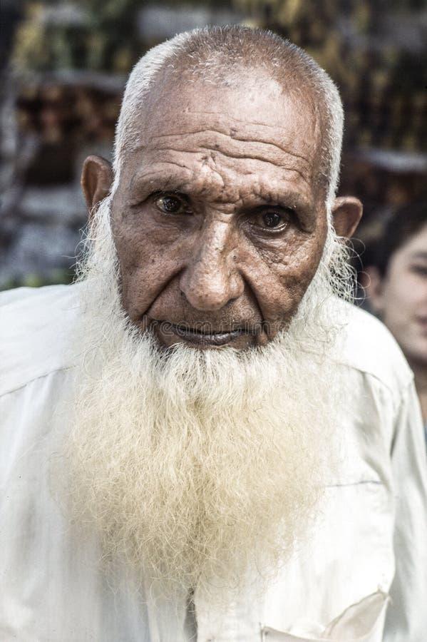 Portret niewiadomy starszy mężczyzna z ogromnym białym beart obrazy stock