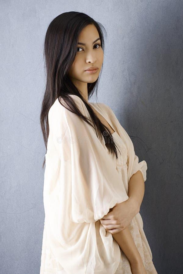 Portret piękna Azjatycka dziewczyna obrazy stock