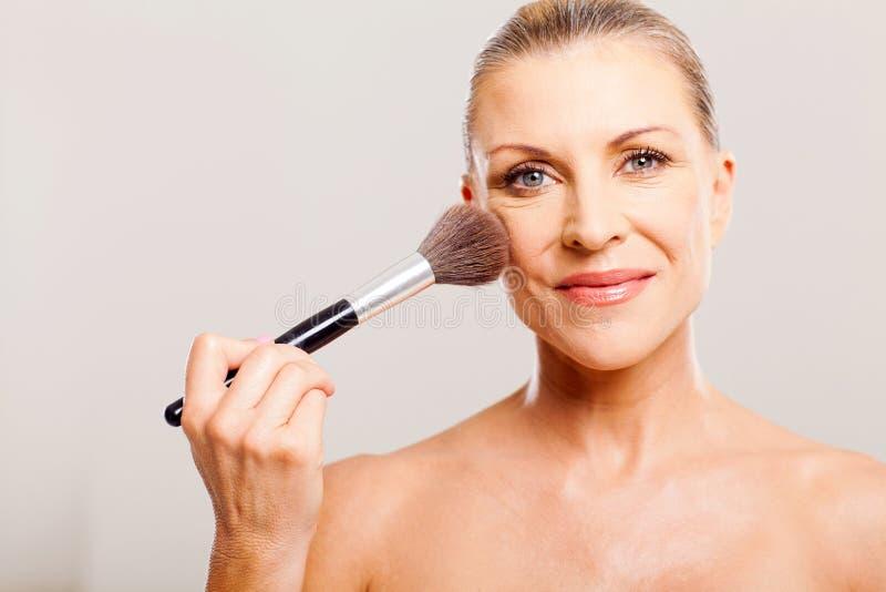 Dojrzały kobiety makeup obrazy stock