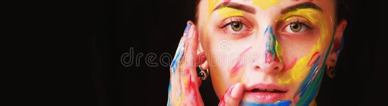 Portret piękna dziewczyna z kreatywnie sztuki makeup z bri obrazy royalty free