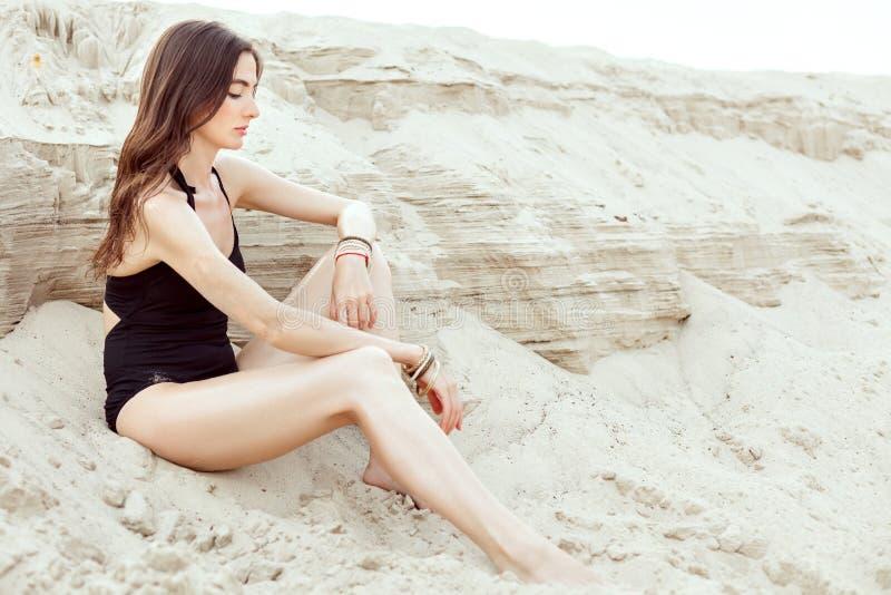 Portret piękna młoda kobieta w swimsuit obrazy royalty free