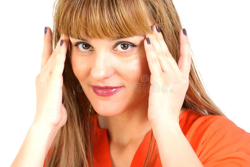 Portret piękna młoda szczęśliwa uśmiechnięta kobieta z długie włosy obraz stock