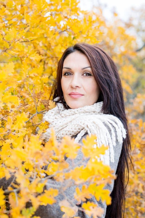 Portret piękna wiek średni kobieta obrazy royalty free