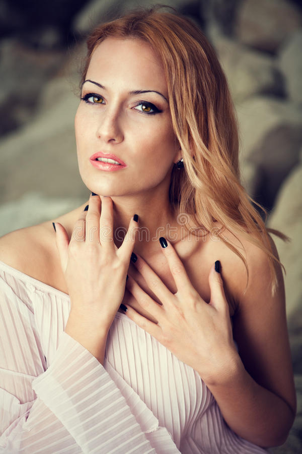 Portret piękne kobiety zdjęcie royalty free