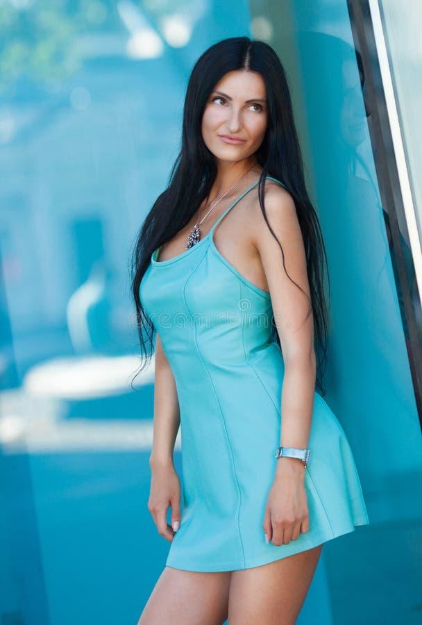 Portret piękny młoda piękna kobieta zdjęcia royalty free