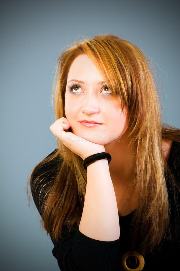 Download Portret piękna kobieta obraz stock. Obraz złożonej z ludzie - 13334739