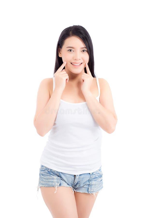 Portret pi?knej kobiety azjatykci makeup kosmetyk, dziewczyny r?ki dotyka policzek i u?miech atrakcyjni, fotografia royalty free