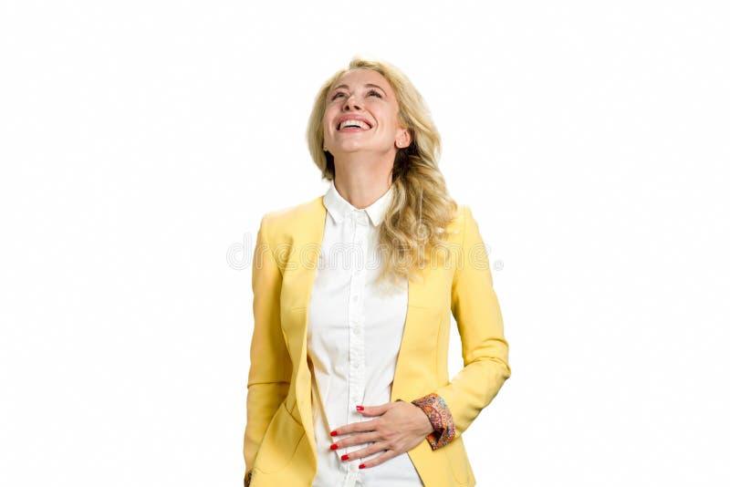 Portret rozochocona młoda blond kobieta obrazy stock
