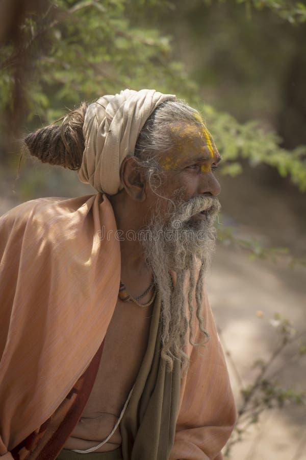 Portret Sadhu outdoors przy Barsana, Uttarpradesh, India zdjęcie stock