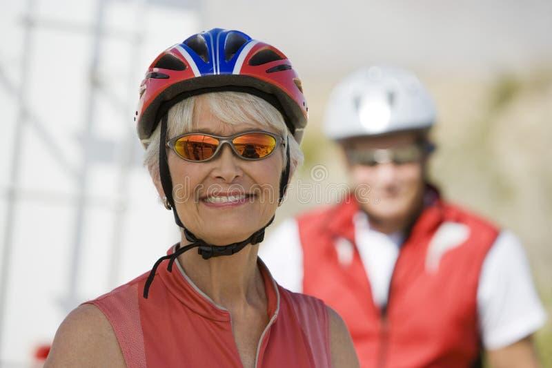 Portret Starszy kobiety ono Uśmiecha się zdjęcia stock