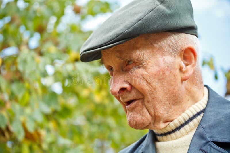 Portret starszy mężczyzna fotografia royalty free