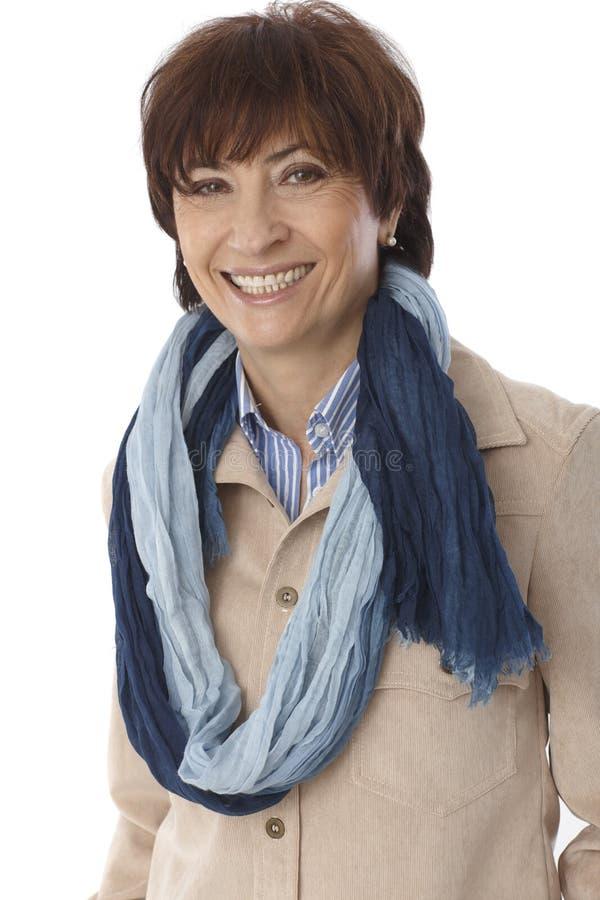 Portret szczęśliwa uśmiechnięta dojrzała kobieta obrazy stock