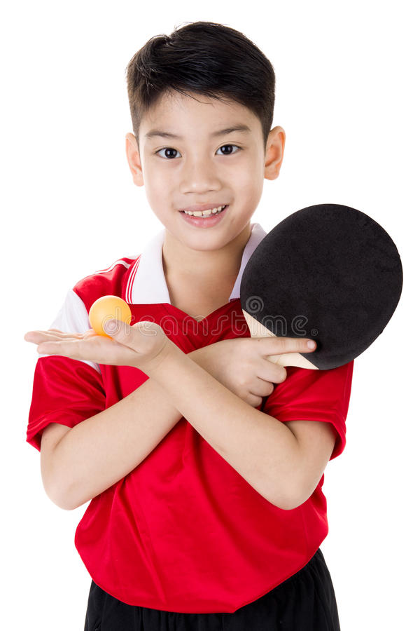 Portret Szczęśliwej azjatykciej chłopiec sztuki stołowy tenis obrazy royalty free