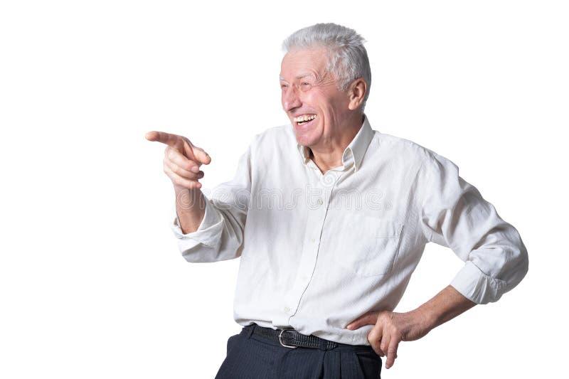 Portret szczęśliwy starszy mężczyzna na białym tle zdjęcia royalty free