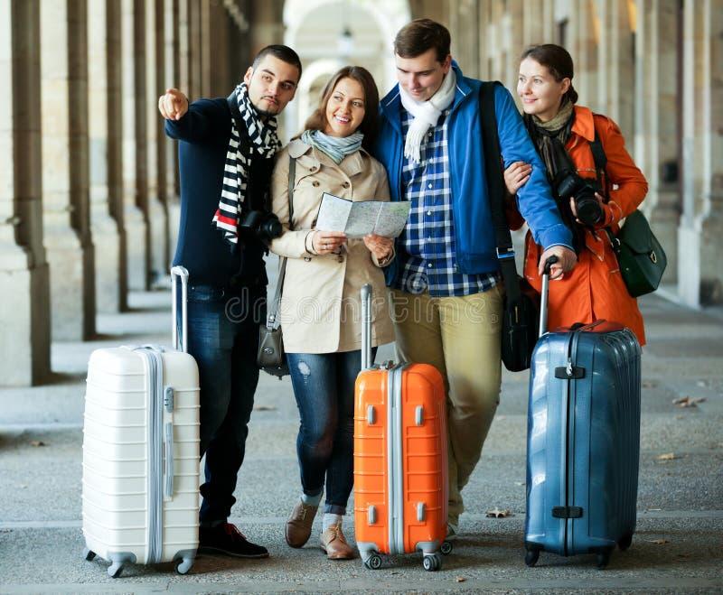 Portret turyści z mapą obraz royalty free
