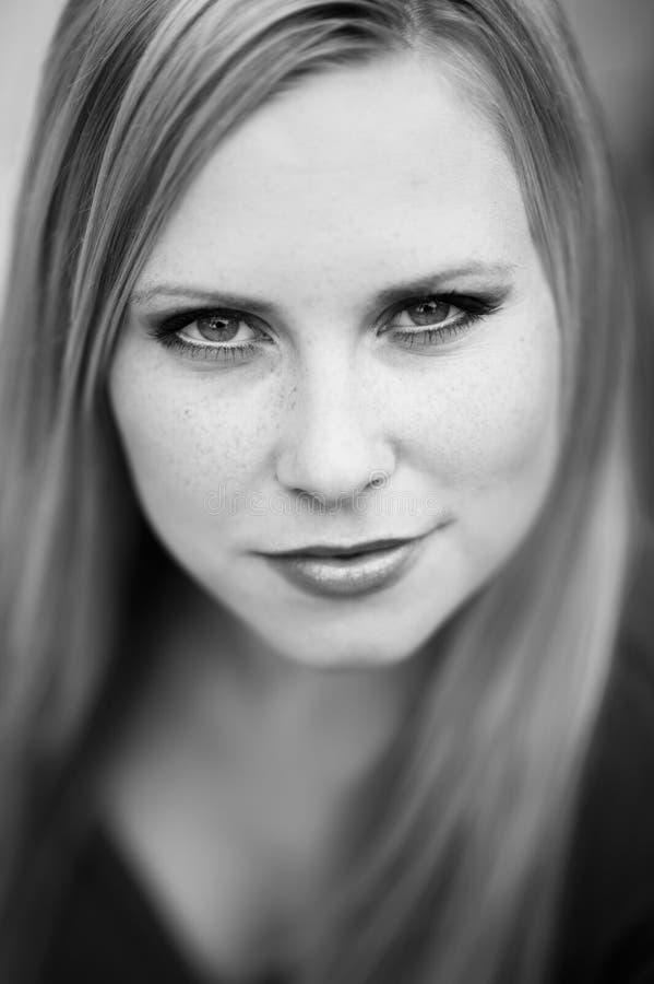 Portret twarz istna piękna kobieta zdjęcie royalty free