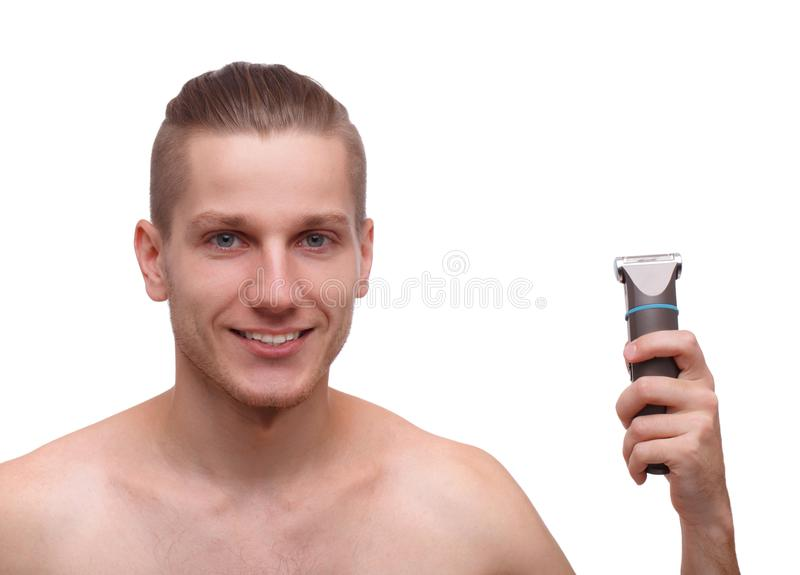 Portret uśmiechnięty mężczyzna z drobiażdżarką w jego wręcza odosobnionego na białym tle zdjęcie royalty free