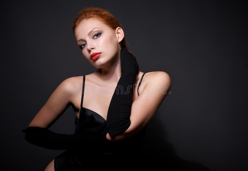 Portret van aantrekkelijk redhead model stock foto
