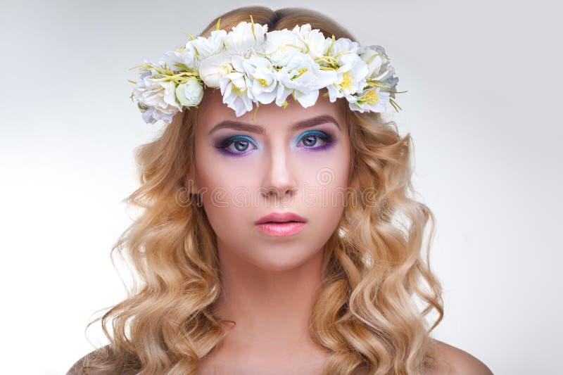 Portret van aantrekkelijke Kaukasische volwassen vrouw stock foto