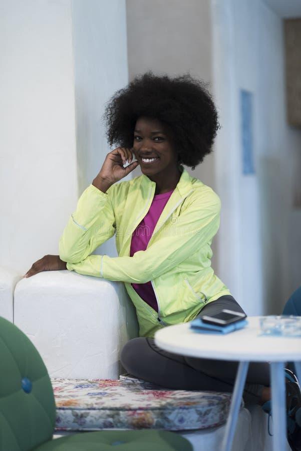 Portret van afro Amerikaanse vrouw royalty-vrije stock fotografie