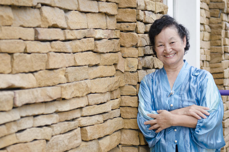 Portret van Aziatische bejaarden royalty-vrije stock afbeeldingen