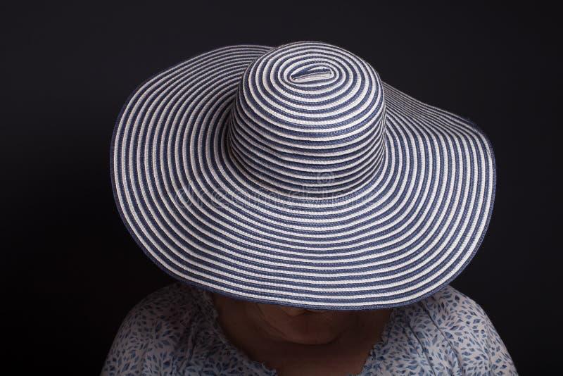 Portret van bejaarde Gezicht behandelde hoed royalty-vrije stock afbeelding