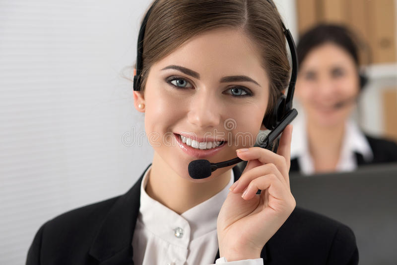 Portret van call centrearbeider royalty-vrije stock afbeelding