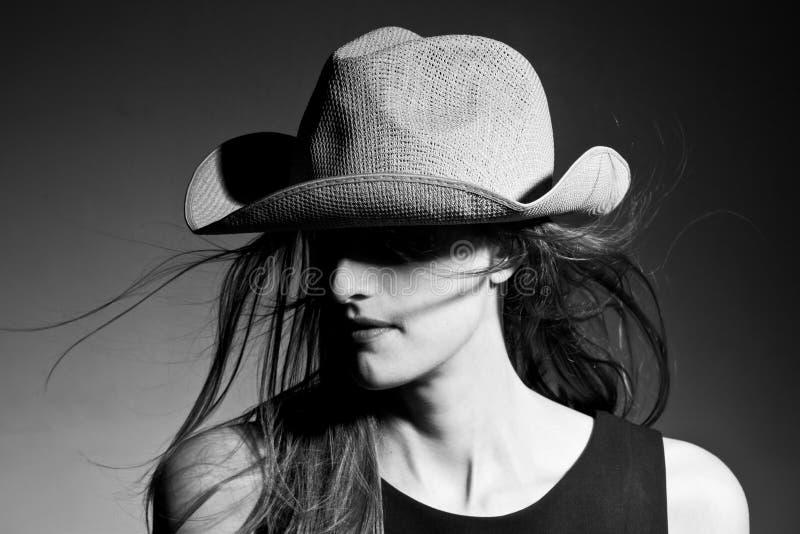 Portret van cowboydame stock afbeeldingen