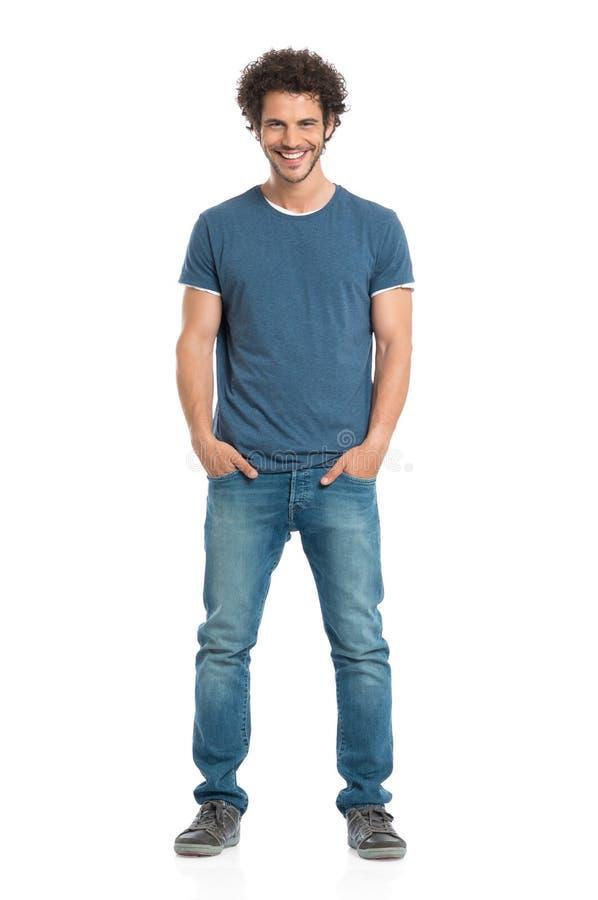 Portret van de glimlachende jonge mens royalty-vrije stock fotografie