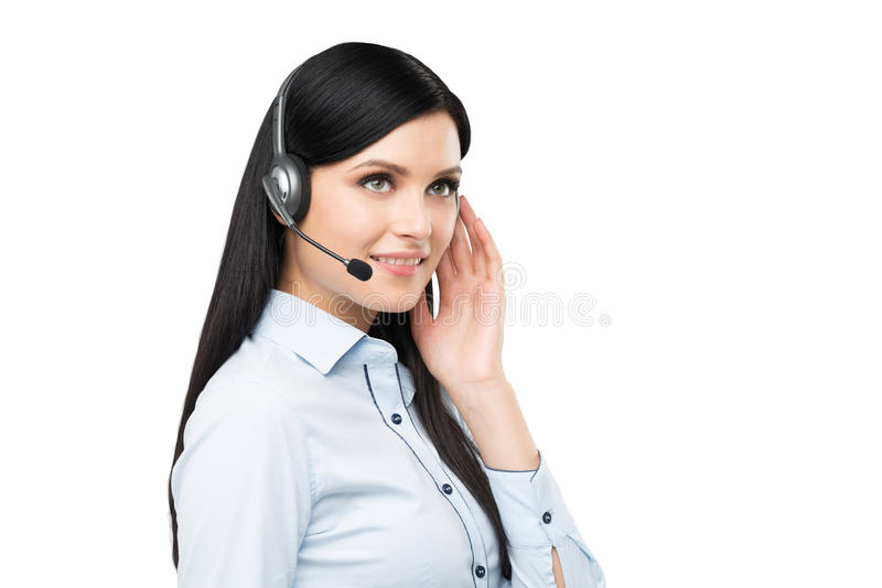 Portret van de glimlachende vrolijke exploitant van de steuntelefoon in hoofdtelefoon stock afbeelding