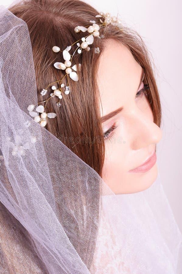 Portret van de jonge mening van de bruidbovenkant stock foto