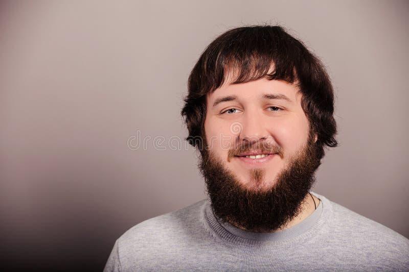 Portret van de lange baard en snormens Gelukkige Glimlach royalty-vrije stock foto's