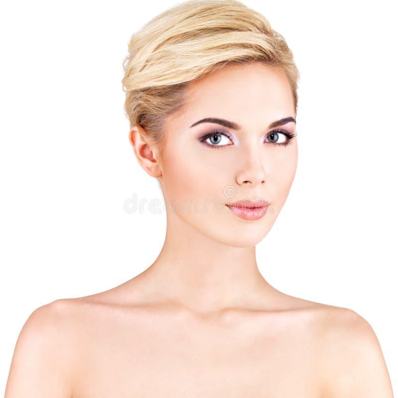 Portret van de mooie vrouw stock foto's