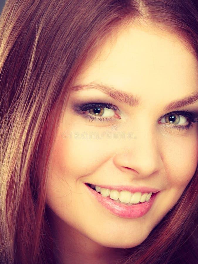 Portret van de schoonheids het schitterende elegante vrouw stock foto's