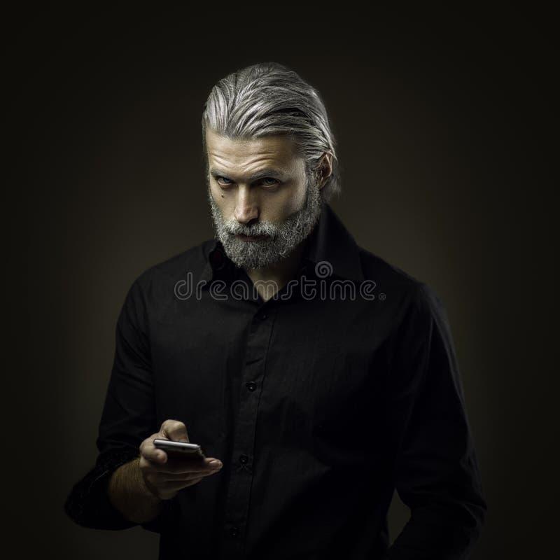 Portret van de taaie oude mens royalty-vrije stock foto's