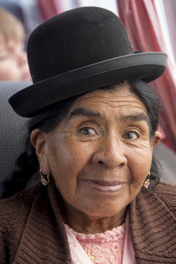 Portret van de Vrouw van Bolivië het leven in Isla Del Sol, Bolivië royalty-vrije stock foto's