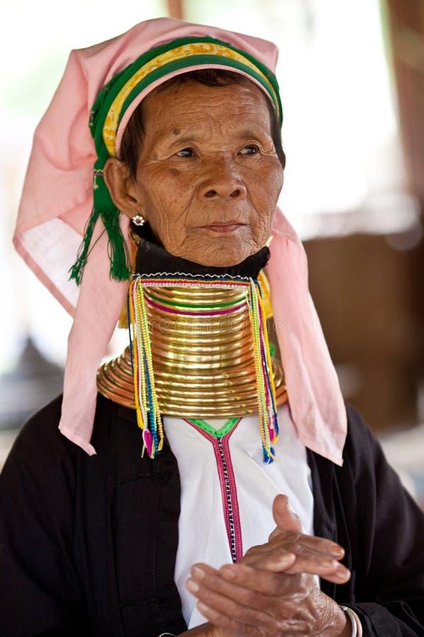 Portret van de vrouw van de padaungstam royalty-vrije stock fotografie