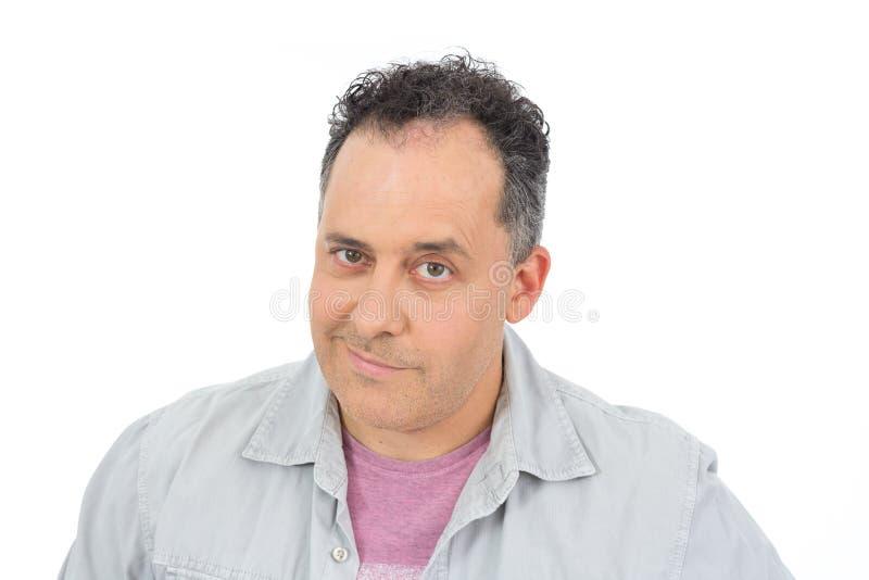 Portret van de zekere mens De kale persoon draagt een grijs overhemd stock fotografie