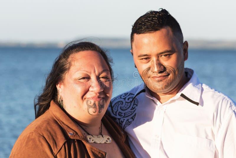 Portret van een aantrekkelijk Maoripaar stock afbeelding