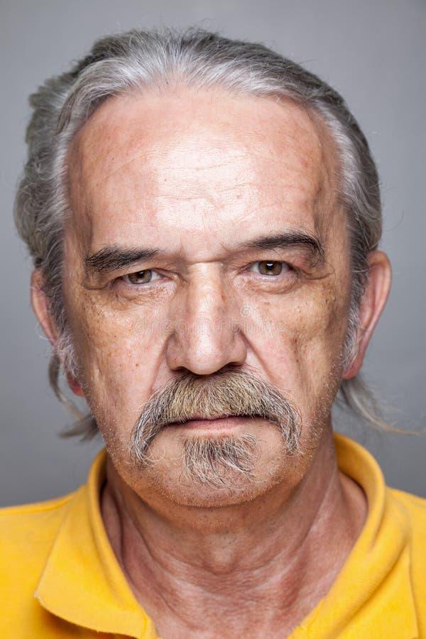 Portret van een bejaarde royalty-vrije stock foto